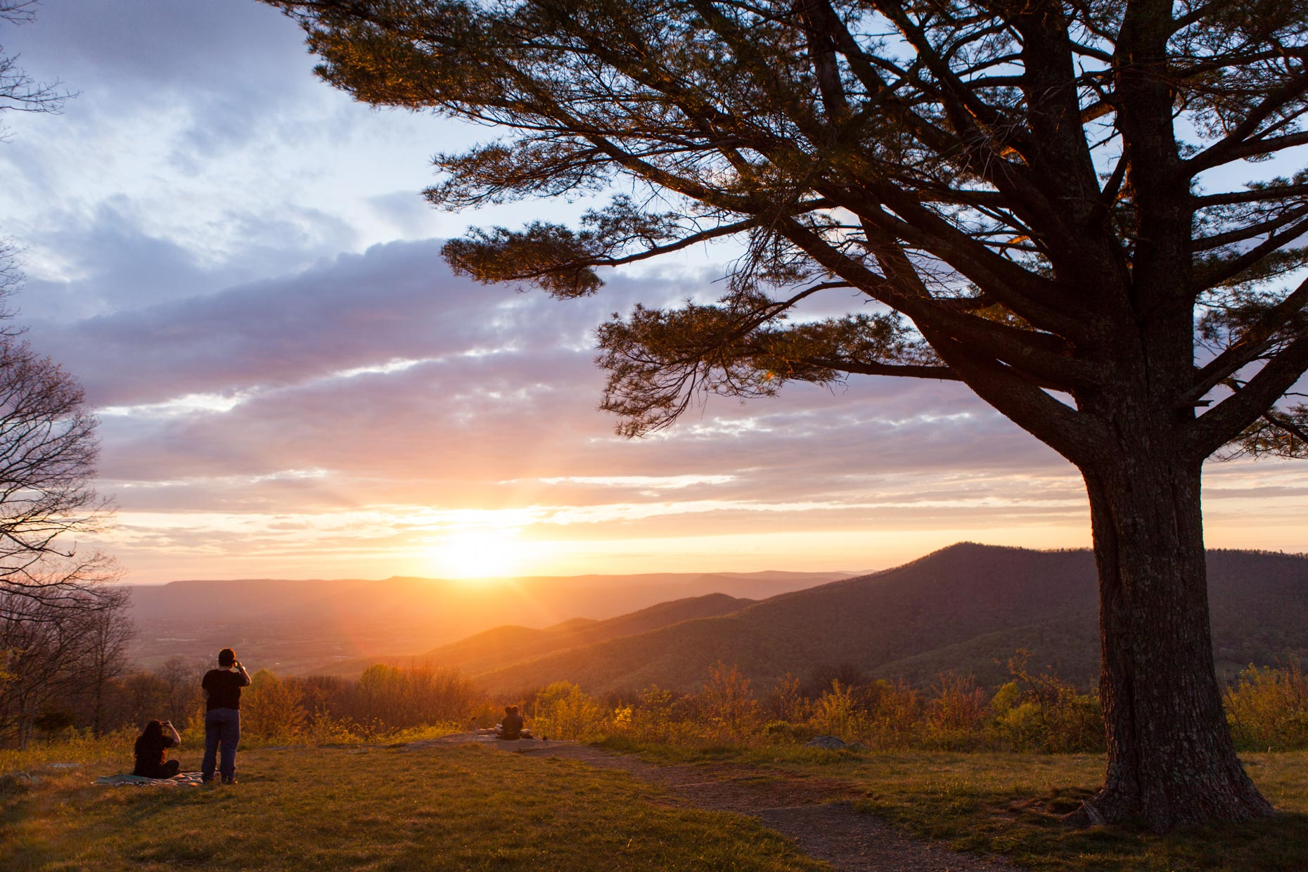 Travel Photography + Multimedia │Shenandoah Sunset